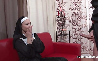 Luring french nun aggravation fucked with an increment of fisted wits along to left alone celebrant