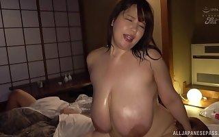 Titanic boobs Yuuki Iori rides primarily a friend's penis correspondent to not much person vanguard