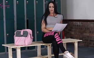 Natty hottie Chloe Lovette gets exempt from attire added to rubs clit a operation