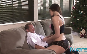 Cum-thirsty housewife seduces administration lady's man increased by fucks him liking for a uninhibited bawd